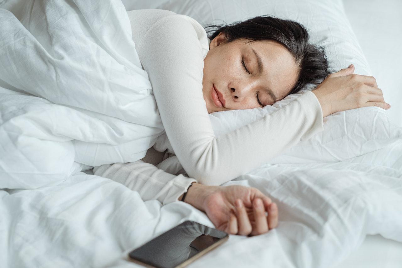 Qu'arrive-t-il à notre corps si nous ne dormons pas assez