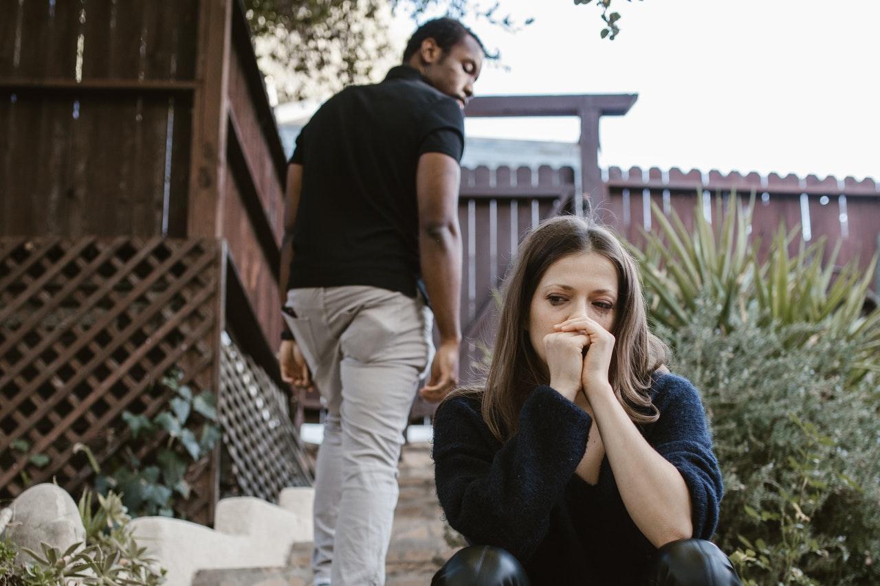 13 signes d'un mari narcissique
